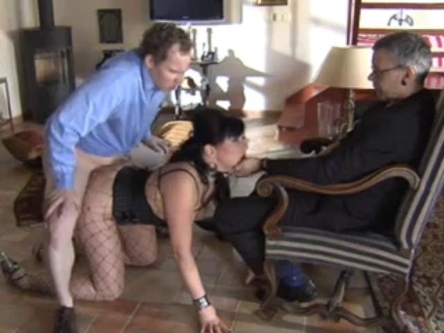 продал жену в рабство за долги смотреть онлайн дернуться