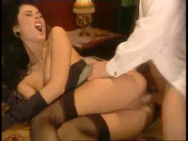 Порно ролик с анитой дарк в поезде
